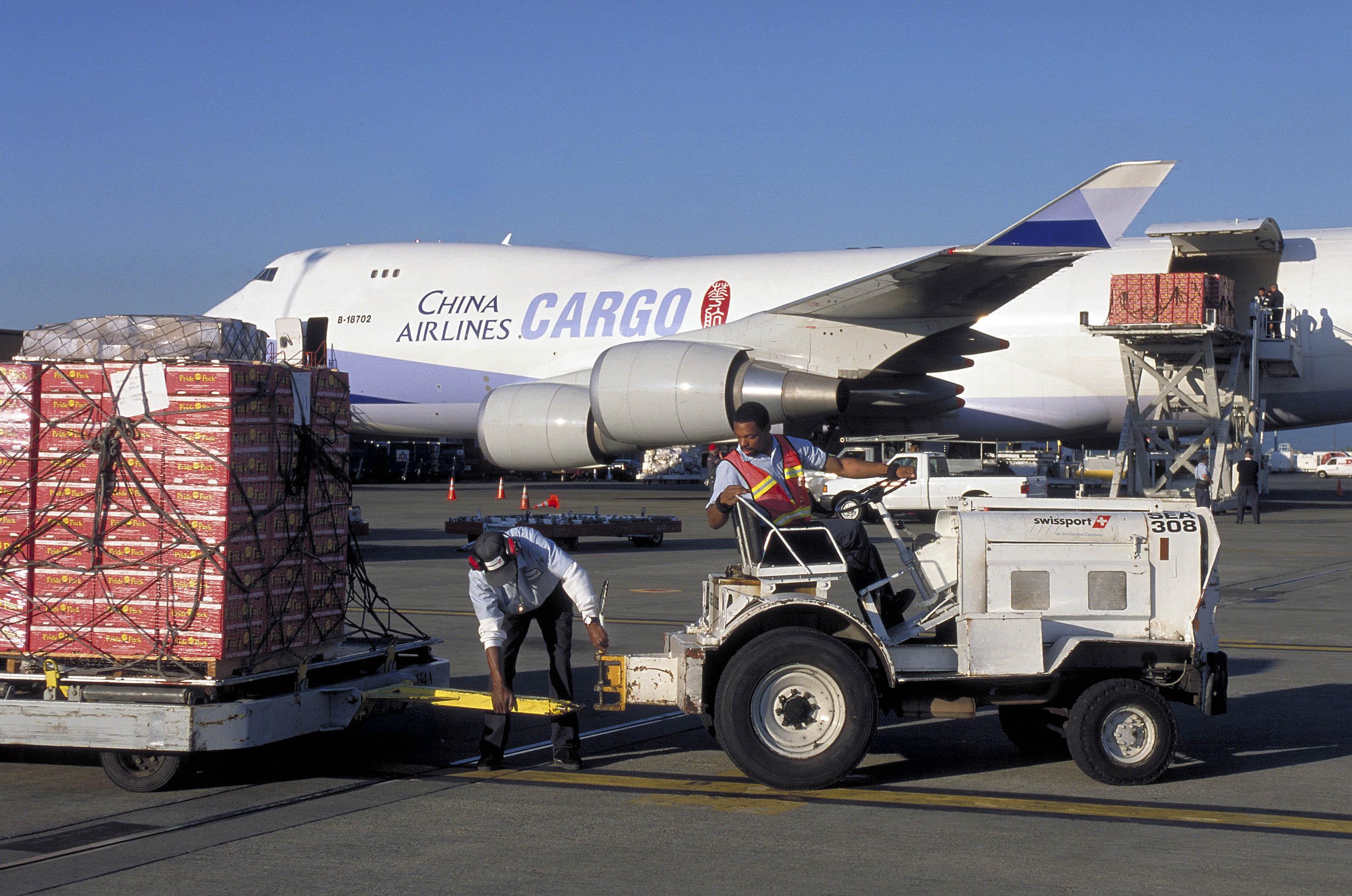 Dịch vụ vận chuyển hàng không đi Thụy Điển cùng Viettelcargo