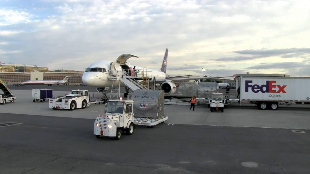 Dịch vụ chuyển phát nhanh quốc tế đi Iraq giá rẻ của ViettelCargo