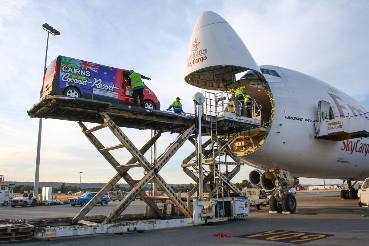 Chuẩn bị hàng hóa vận chuyển đi Ý