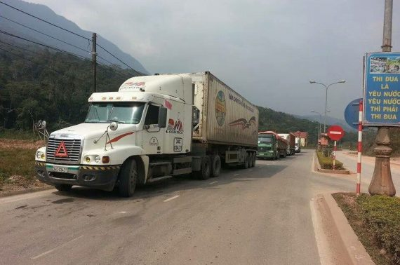Dịch vụ vận tải đường bộ từ Đà Nẵng đi Lào giá rẻ