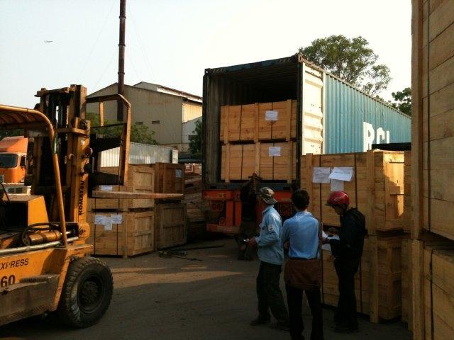 ViettelCargo tổ chức thu gom hàng hóa xuất khẩu đi Singapore