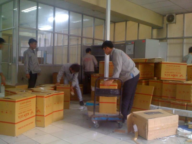 Đóng gói hàng hóa vận chuyển hàng không chuyên nghiệp