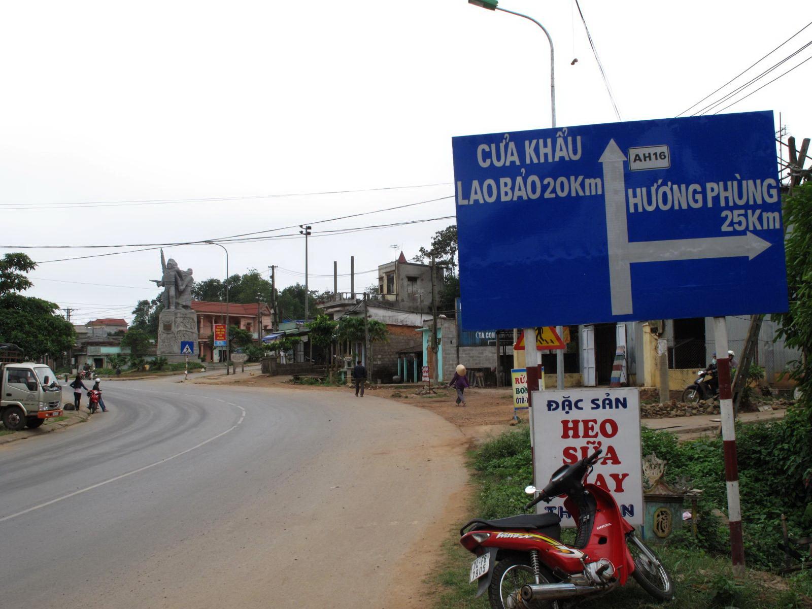 ViettelCargo tổ chức vận chuyển hàng hóa đi Viêng Chăn qua cửa khẩu Lao Bảo