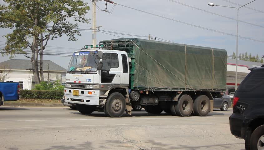 ViettelCargo tổ chức vận chuyển hàng hóa đi Campuchia
