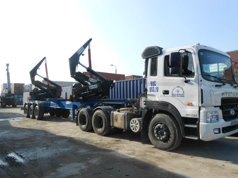 ViettelCargo tổ chức vận chuyển máy móc từ Việt Nam sang Lào