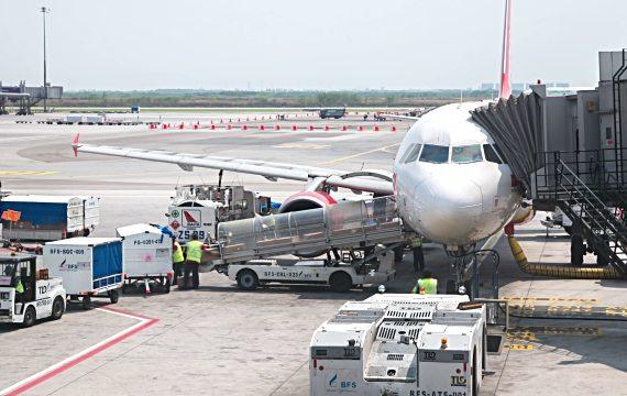 Dịch vụ vận chuyển hàng không từ Phú Quốc đi Luang Prabang