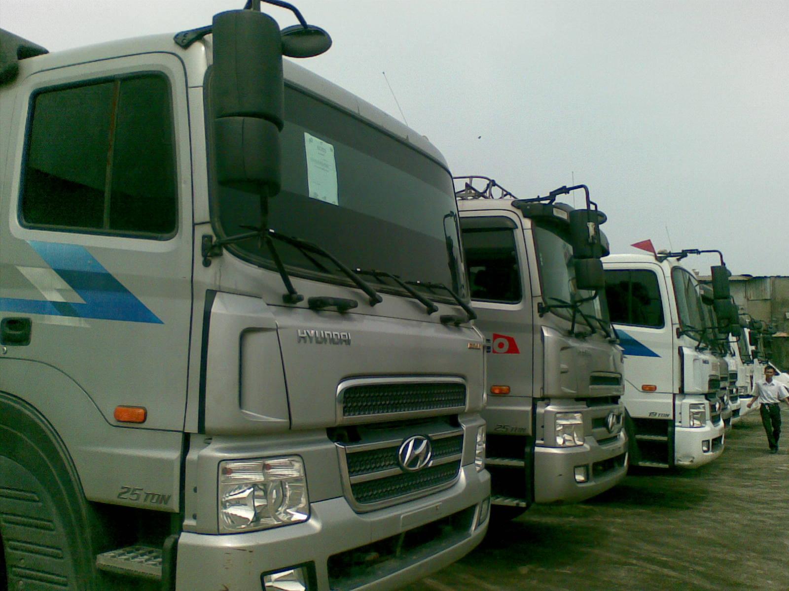 đội xe tải liên vận đi Lào
