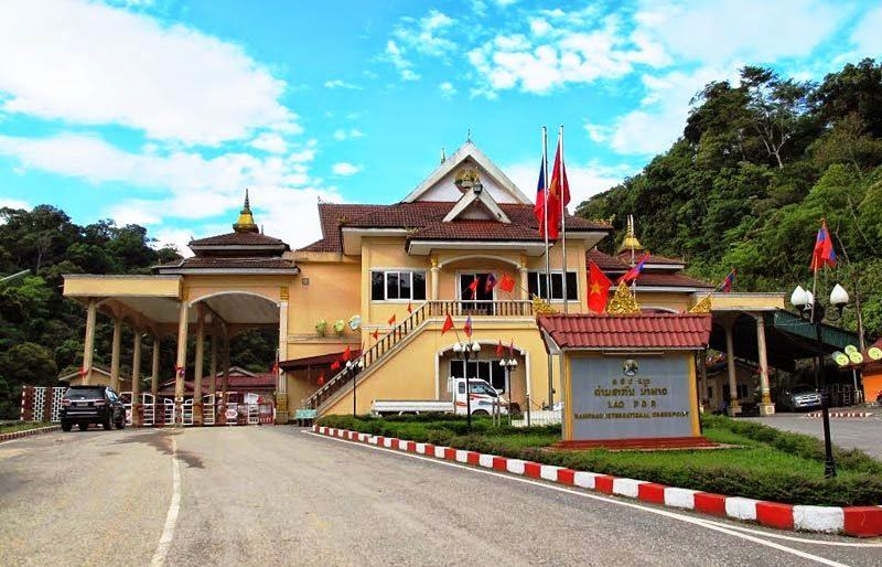 Dịch vụ hải quan tại cửa khẩu Cầu Treo Hà Tĩnh - Lào