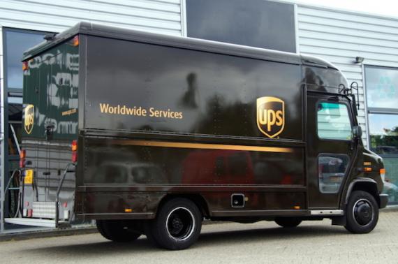 Chuyển đồ nhanh chóng, an toàn với dịch vụ chuyển phát nhanh UPS sang Pháp