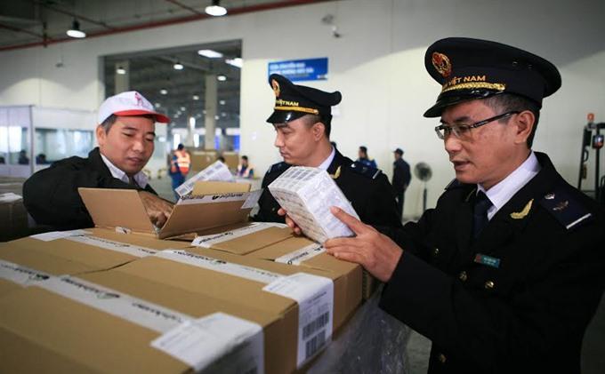 Thủ tục hải quan điện tử đăng ký, sửa đổi, bổ sung các danh mục sản phẩm xuất khẩu