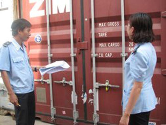 Thủ tục hải quan vối ôtô nước ngoài khi xuất cảnh mục đich thương mại