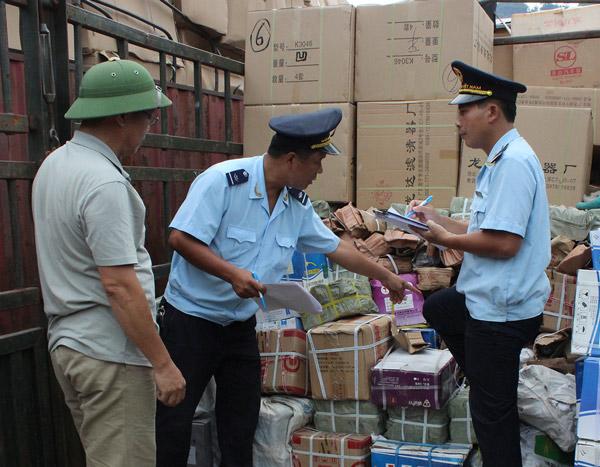 Thủ tục hải quan đối với hàng hóa nhập khẩu chuyển cửa khẩu