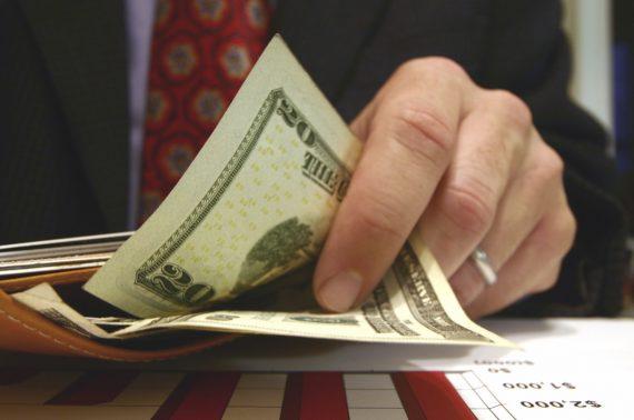Xin trì hoãn xác định trị giá tính thuế