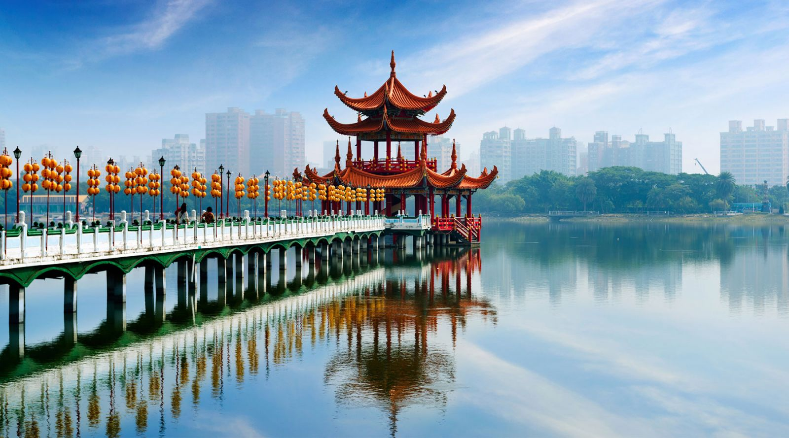Gửi quà tặng bưu phẩm qua Đài Loan đảm bảo uy tín, nhanh chóng