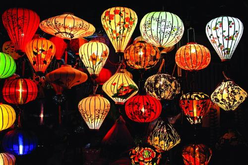 Gửi lồng đèn đi nước ngoài bằng đường hàng không của Bestcargo